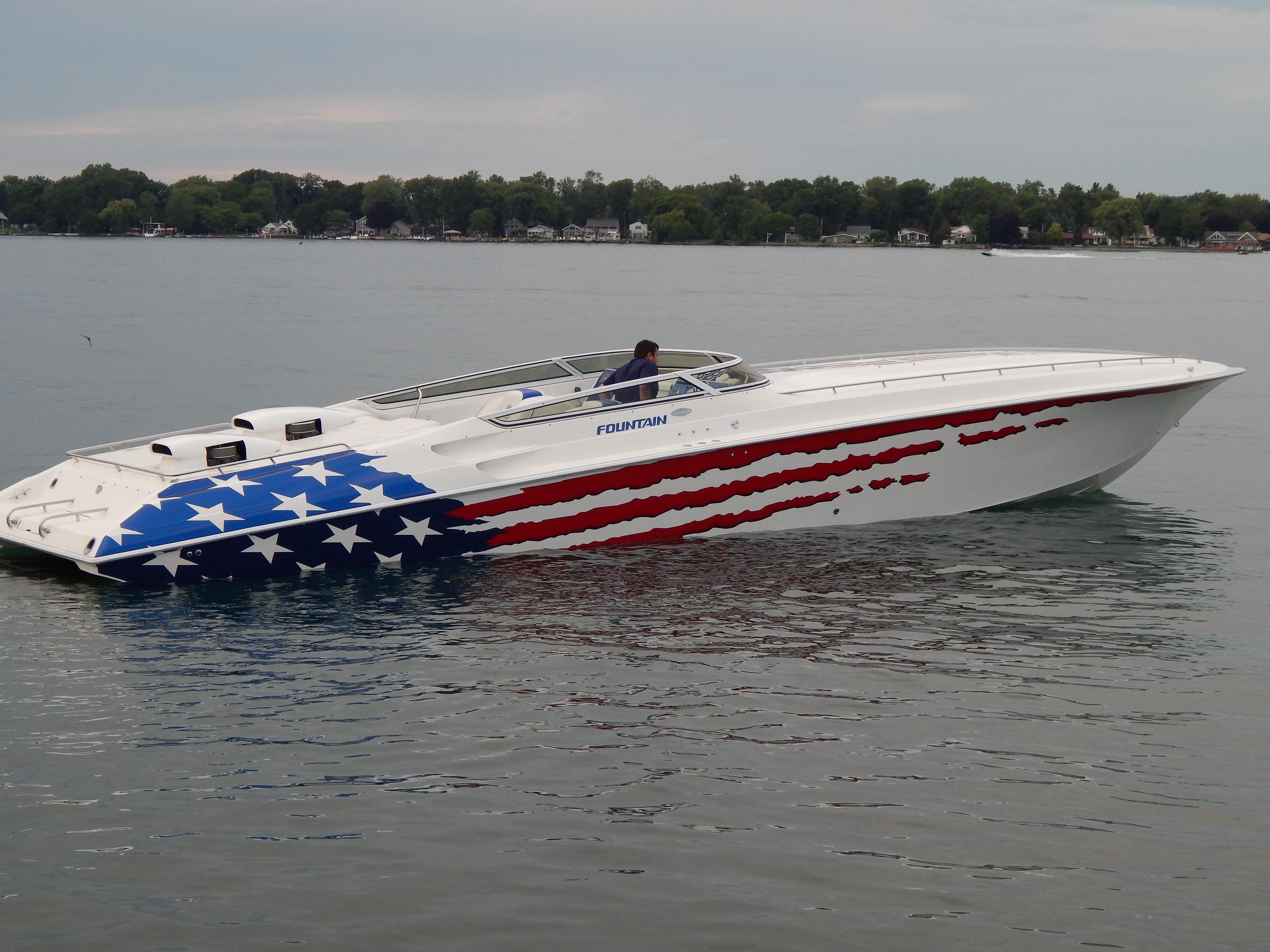Fountain Powerboats 47 Lightning - Самые быстрые катера в мире