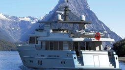 Wim van der Valk Continental IV 2395 FLYBRIDGE