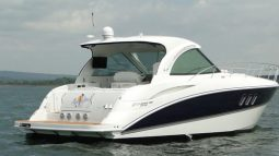 Cruisers Yachts 390 Sports Coupe