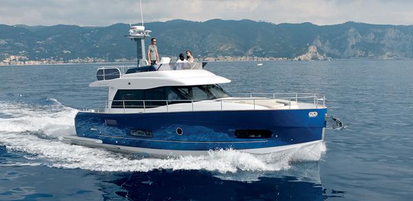 Яхта Azimut Magellano 43
