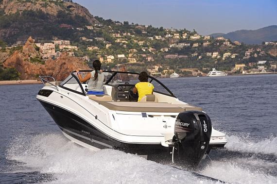 Катер Байлайнер VR5O Cuddy (Bayliner VR5O Cuddy)