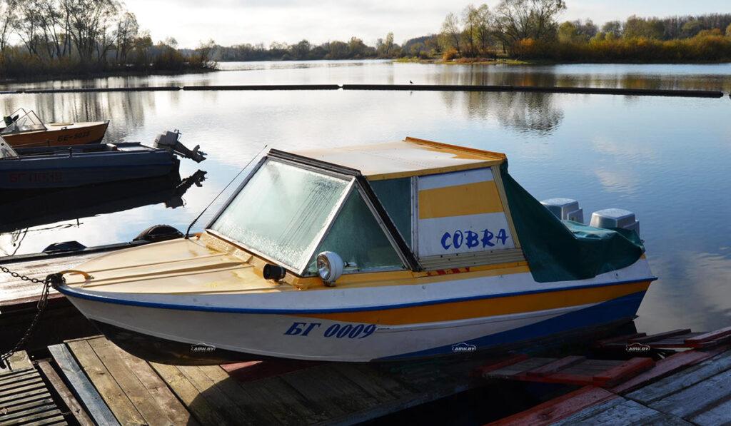 Моторная лодка Крым фото